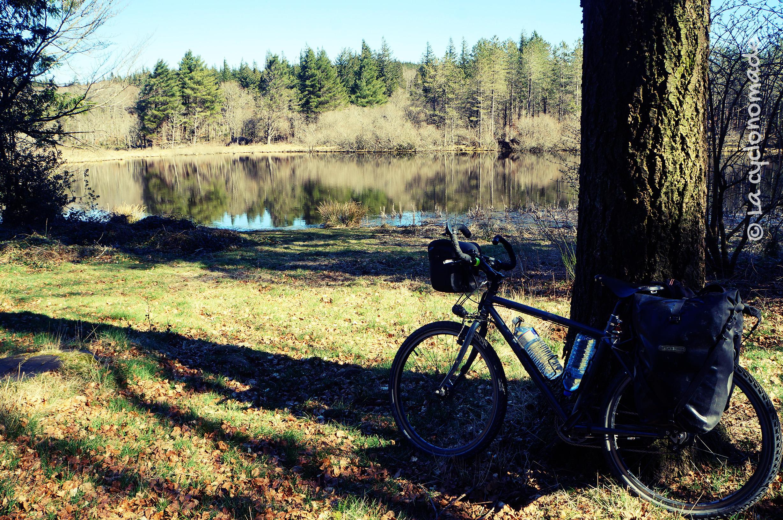 Lac de Vezoles, l'Hérault à vélo - La cyclonomade