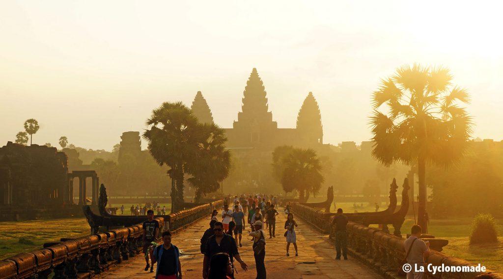 angkor, temps, cambodge, cyclotourisme, lever de soleil angkor, siem reap