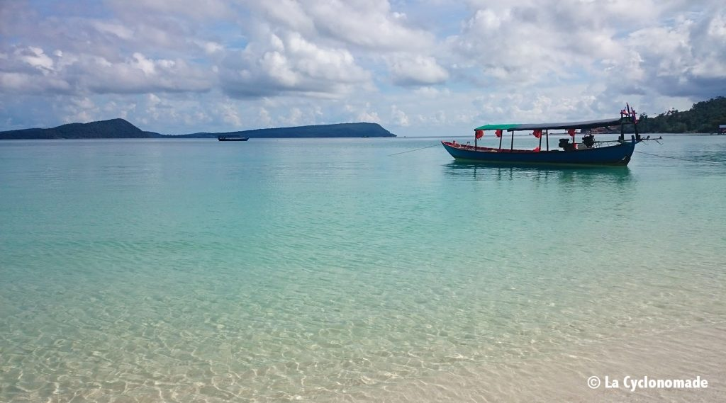 bateau - mer turquoise - cambodge - sihanoukville