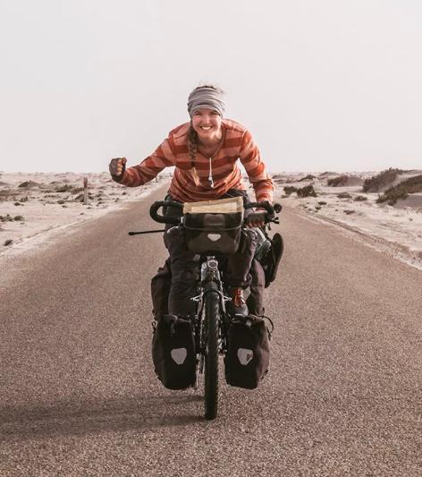 voyager seule - seule à vélo - oser voyager seule - voyager au féminin - cyclotourisme au féminin - european adventurer of the year - frederika Ek - cyclotourisme - voyager à vélo - la cyclonomade