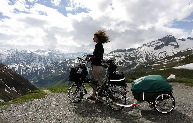 remorque vélo - remorque ou sacoches - brampton voyage - cyclotourisme - la cyclonomade